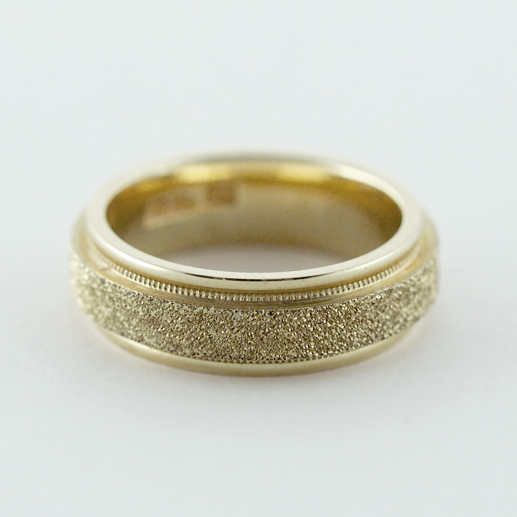 reg.RT: $964/ One only: $482<br>14K Yellow Gold<br> (Size 6.5)