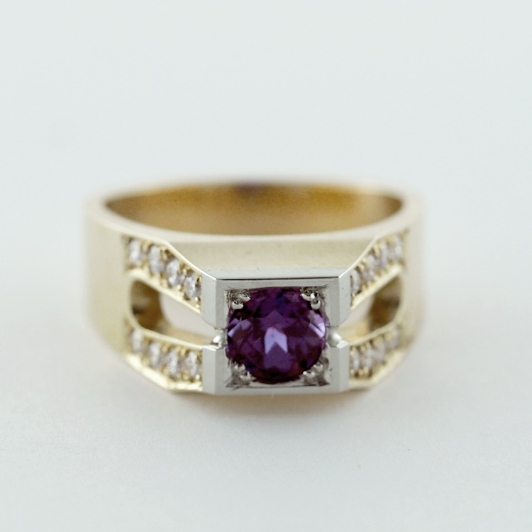 $3,584<br>14K Yellow Gold, <br>Chatham Alexandrite<br>16 Brilliant Cut<br> Diamonds