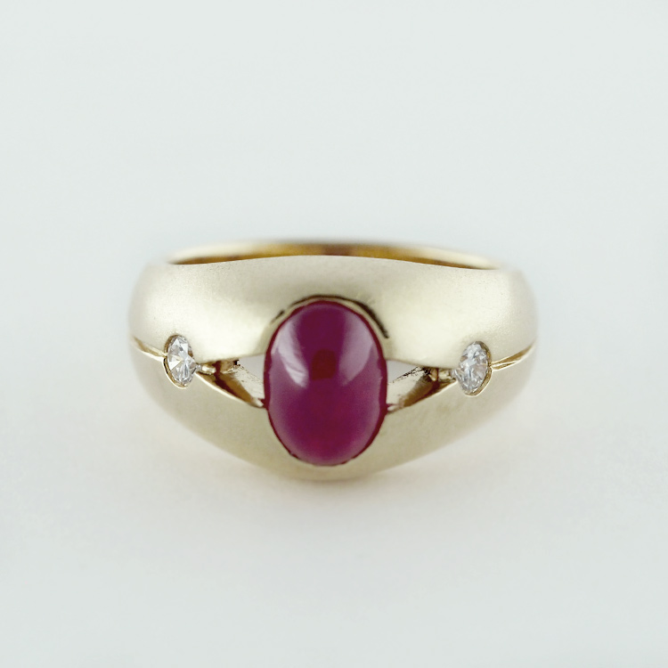 regRT: $3,473/ LT-Special: $2,605<Br>14K Yellow Gold, <br>Oval Cabochon<br> Ruby, 2 Brilliant <br>Cut Diamonds