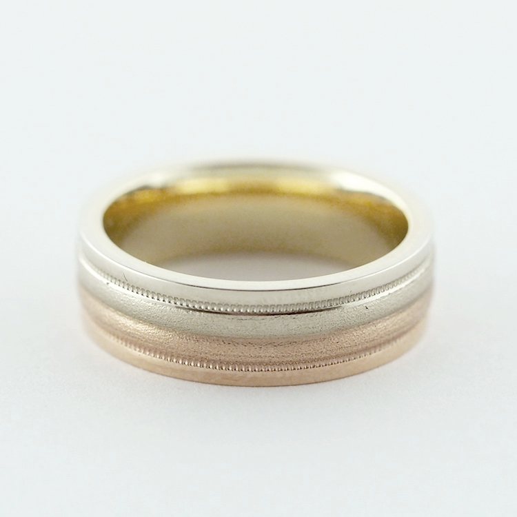 reg.RT: $946/ LT-Special: $550<br>14K Yellow, White,<Br> and Red Gold