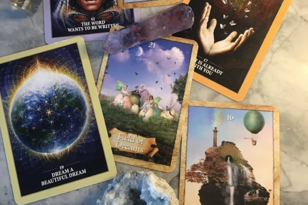 Free weekly oracle & inspirational messages to help you manifest miracles in your life! -