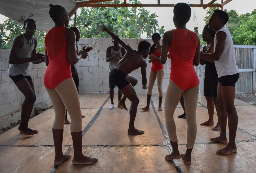 Haitian Dance School @ Sephora  2047.jpg