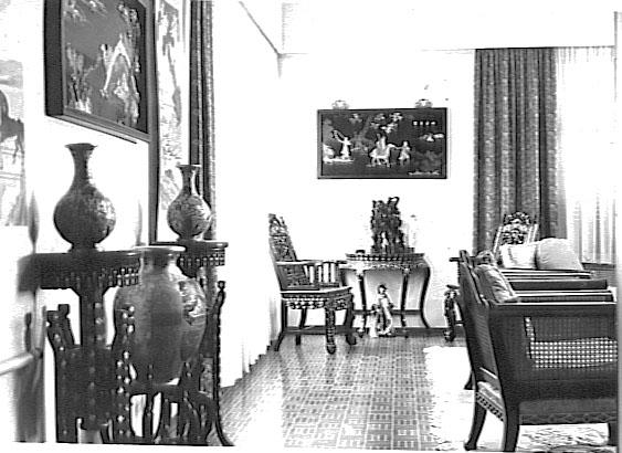 Aley _Oriental Livingroom
