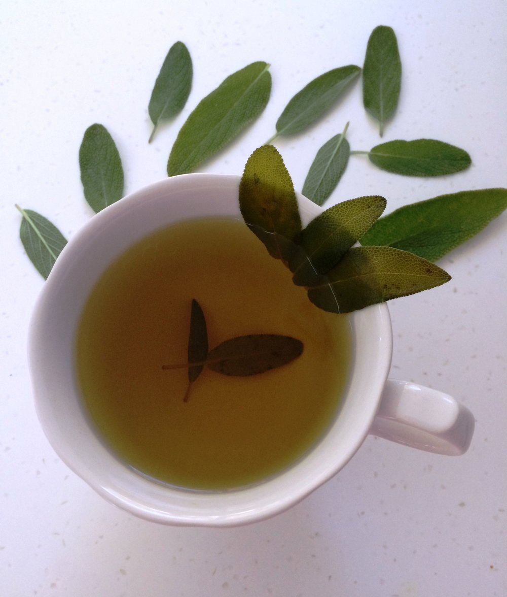 As a Tea:Place 6 - 7 leaves in 9 oz of water and simmer for 15 minutes. -