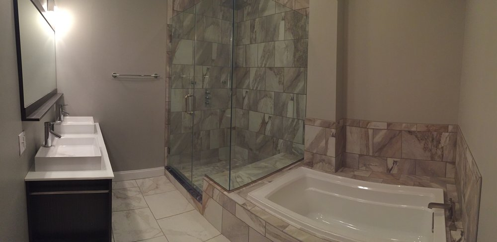 206 Bath Panoramic.jpg