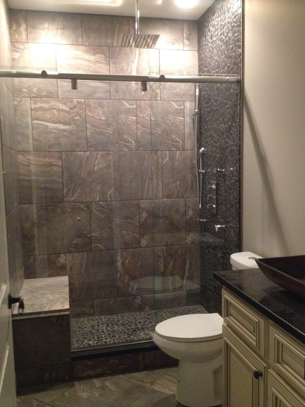 200 Bath2 Glass.JPG