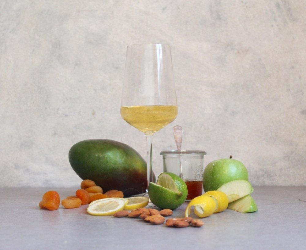 Key flavours: Apple, Lime, Lemon, Lemon Peel, Almond, Apricot, Mango, Honey