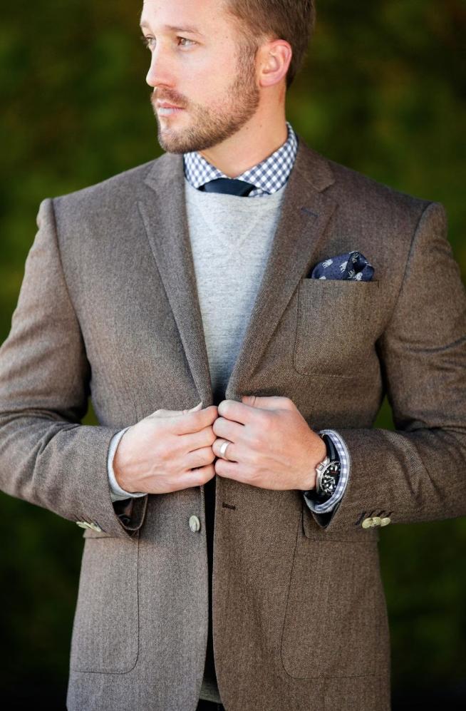 notched lapel suit.png