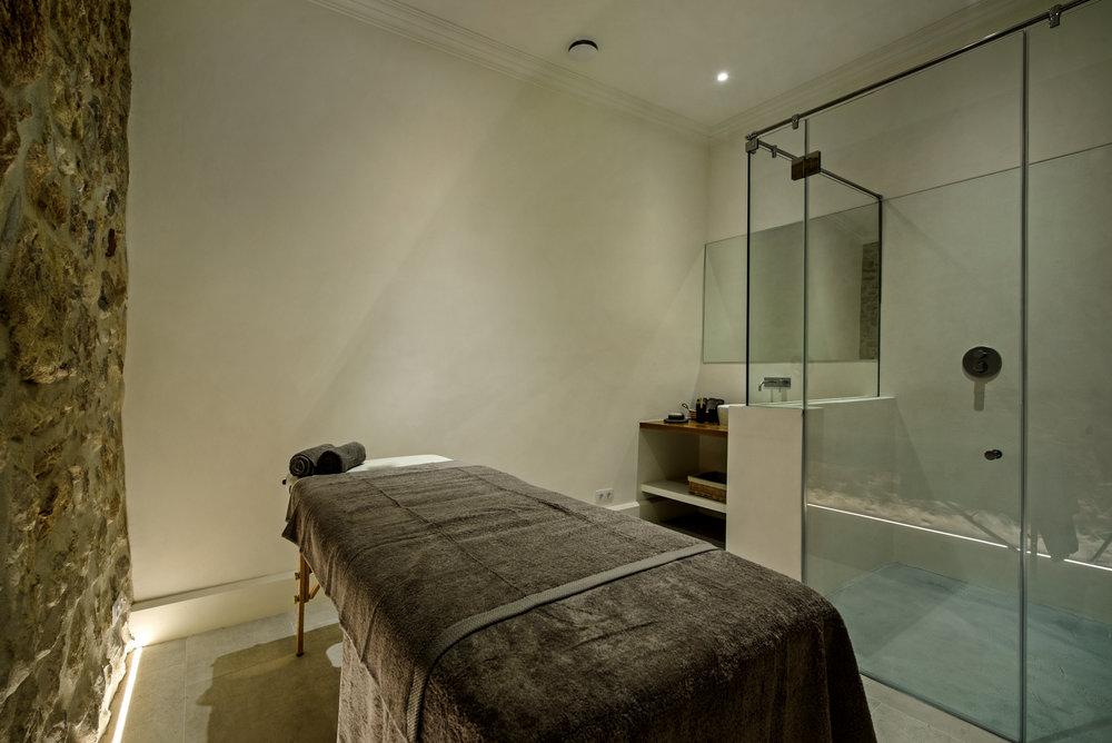 Treatment room - Casa Fuzetta (193).jpg