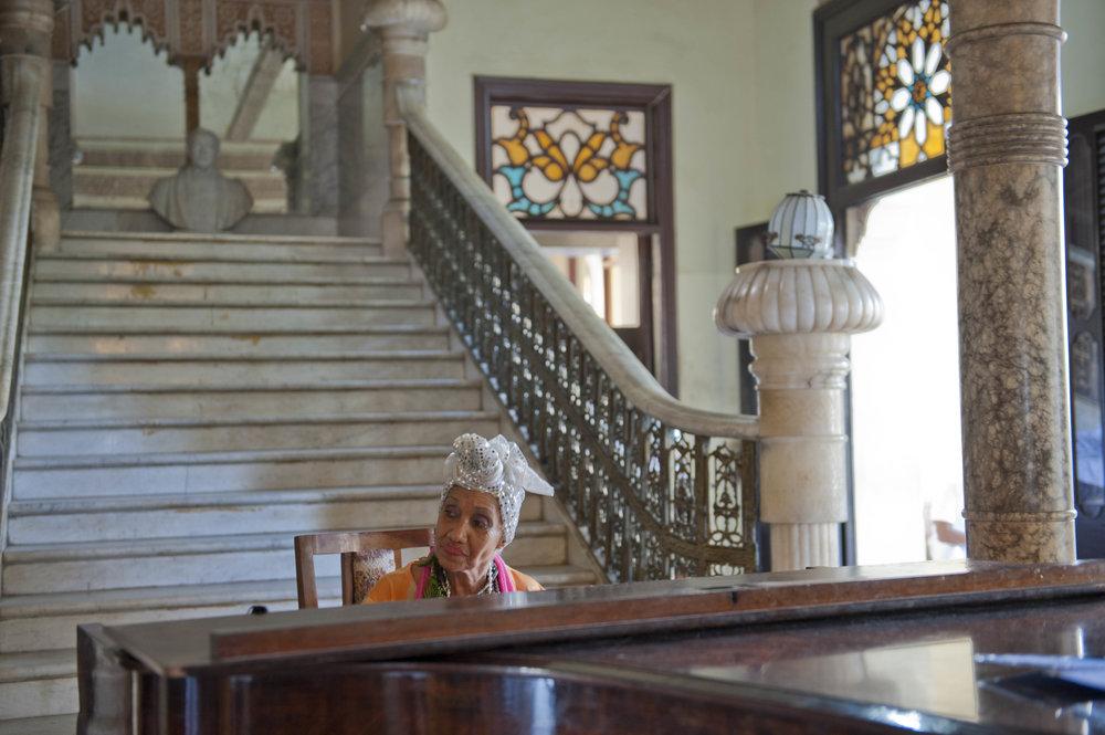 Piano player, Palacio de Valle, Cienfuegos, Cuba