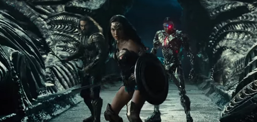 justice-league-movie-aquaman-wonder-woman-cyborg-parademon-hq1.png
