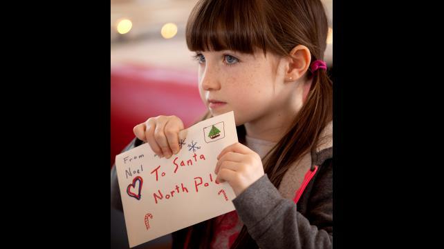 Jingle-All-The-Way-2-Noelle.jpg