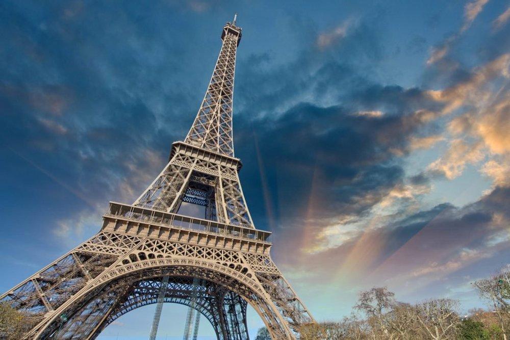 06_Eiffel_shutterstock_124834105-1024x683.jpg
