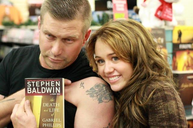 stephen-baldwin-hannah-montana-tattoo.jpg