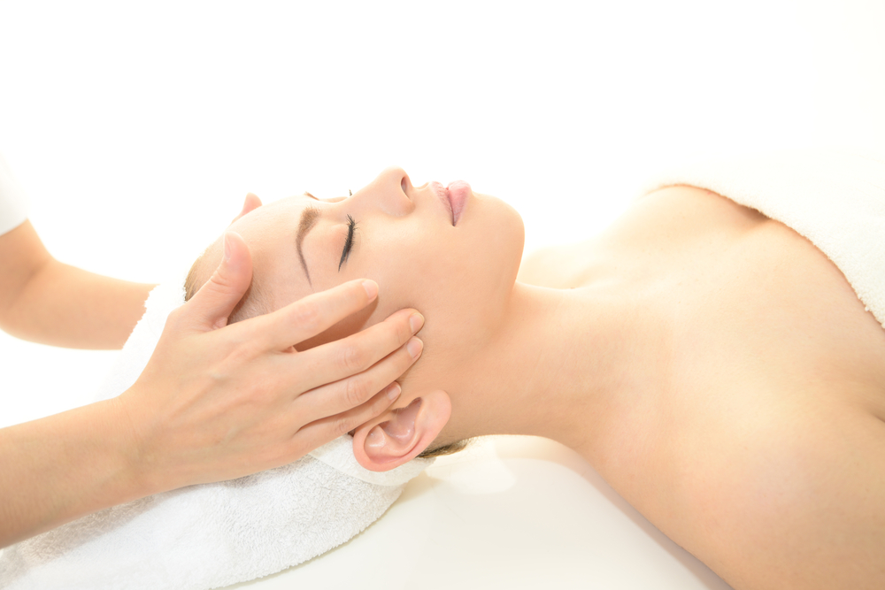 Oxygen Facial, Ultrasonic, Acne Treatment, Anti-Aging