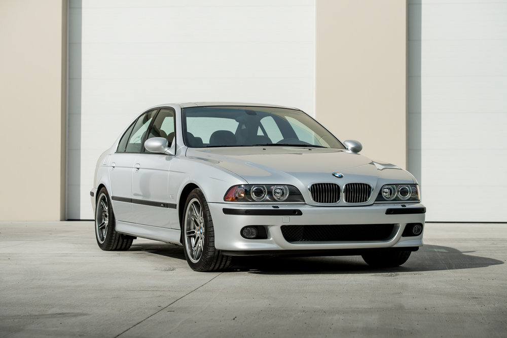 2002_BMW_M5_053334.jpg