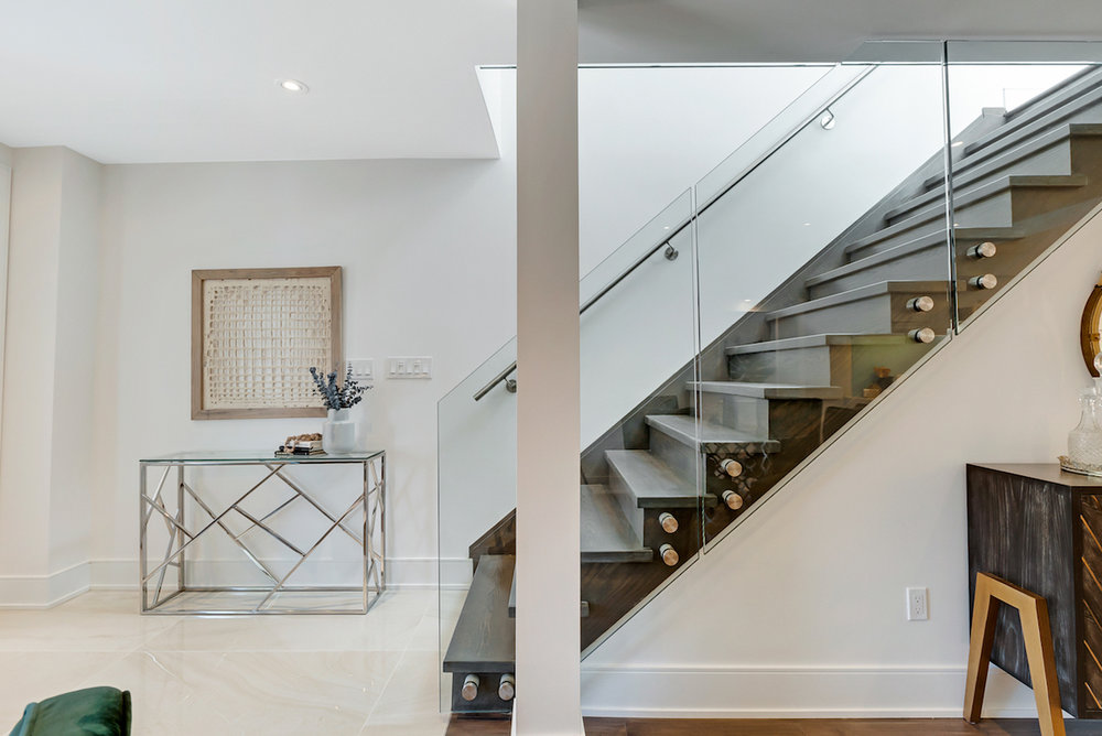 DSC09425-SilverHouse-Toronto-Real-Estate-Photography.jpg