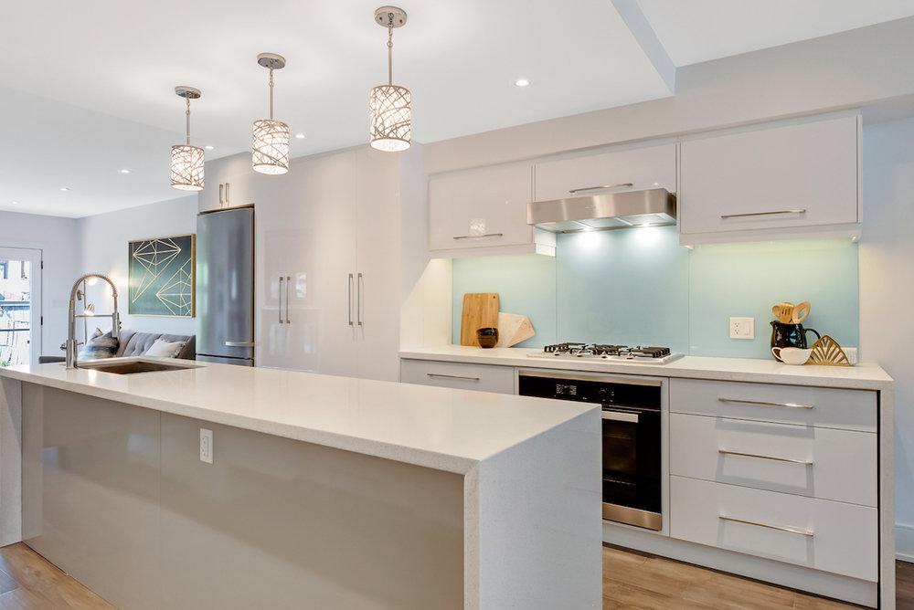 DSC09482-SilverHouse-Toronto-Real-Estate-Photography.jpg