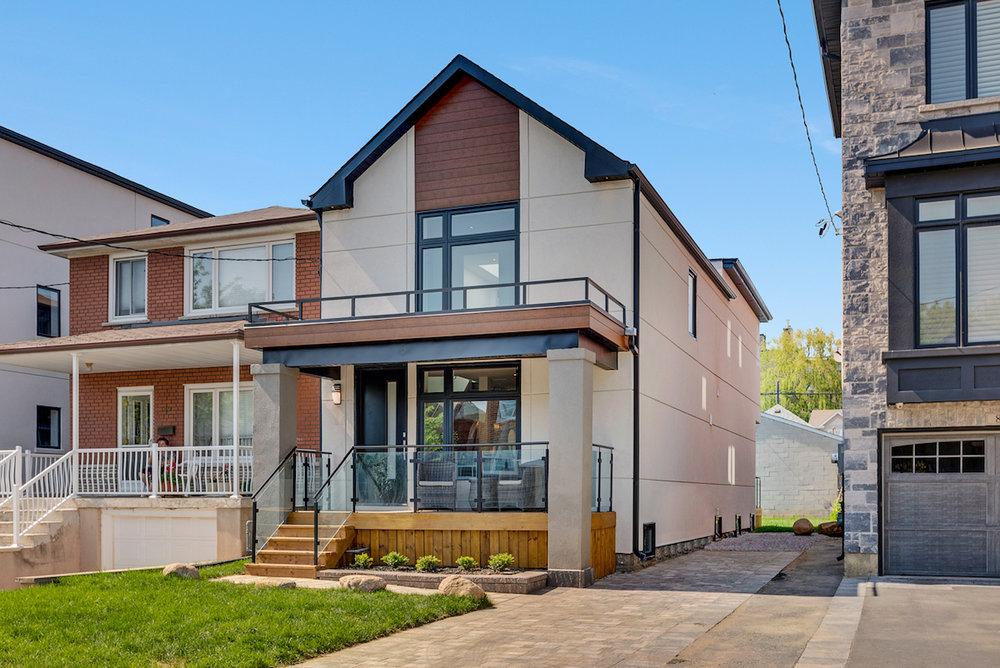 DSC09704-SilverHouse-Toronto-Real-Estate-Photography.jpg