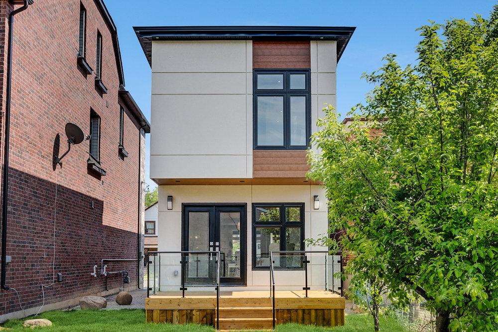 DSC09746-SilverHouse-Toronto-Real-Estate-Photography.jpg