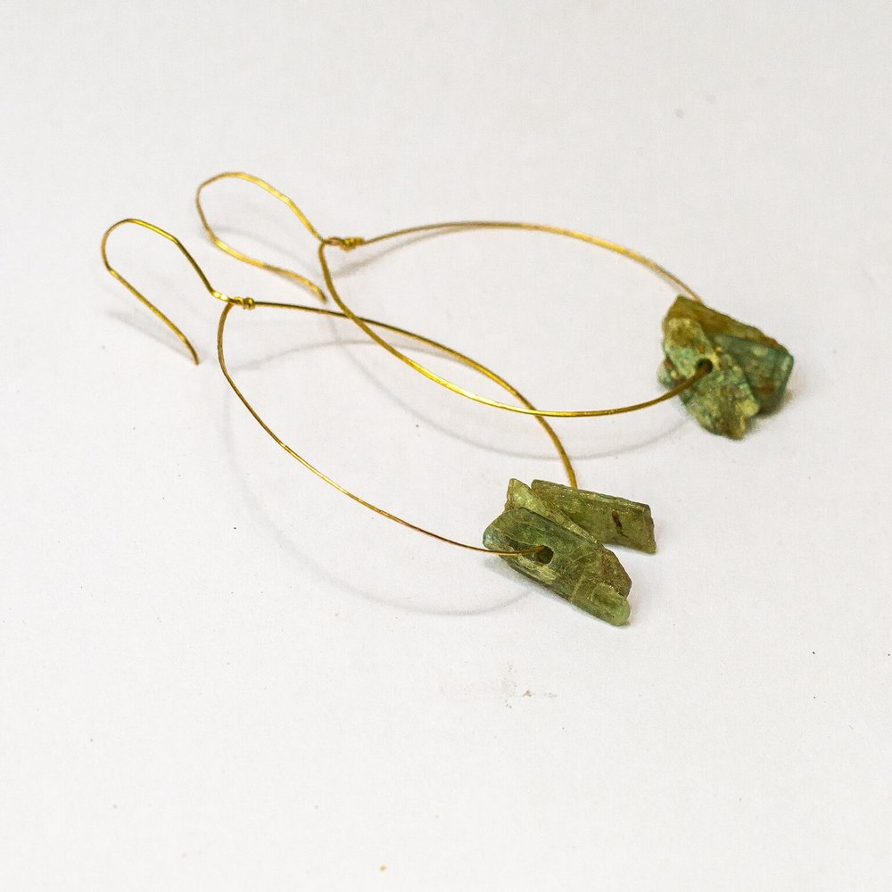 - There is something so perfect about a simple pair of hoop earrings.  Delicate and tough, soft and bold, these are the designs that stick with us and become staples in our everyday wear.  We will learn the art of bending, curving, hammering, and straightening wire to form 2 pairs of earrings.  This intro class will teach you about wire properties, wire tools, and many other basic principles of wire jewelry!  Click to register online               Call us at 512-693-2323 to register by phone.