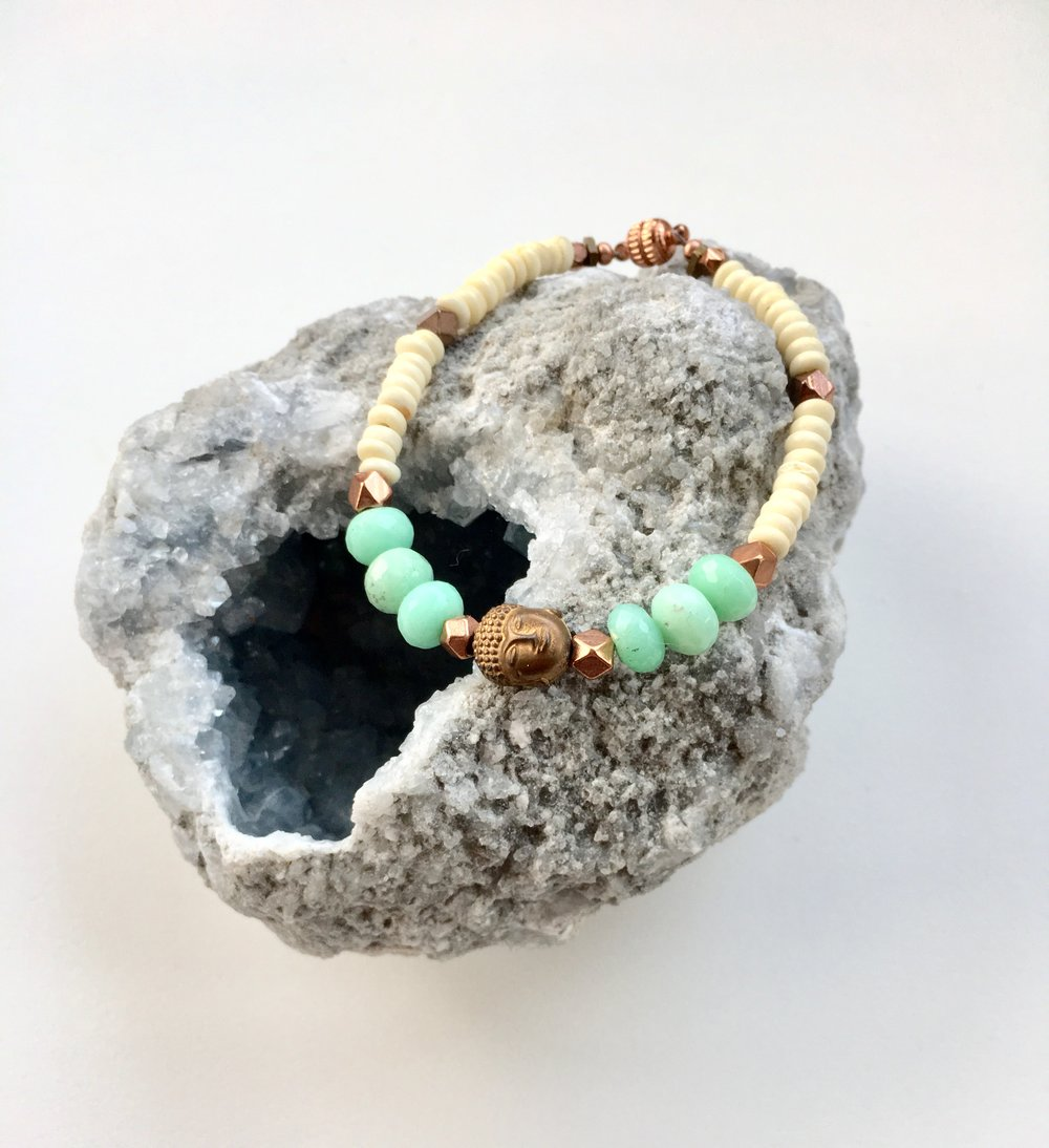 - Everything in the universe has a specific frequency. In this class, we will guide you on a journey to tap into your own divine healing frequency. You will learn how to create gorgeous bracelets using intention, color, stones, minerals and creativity!Click here to sign up!
