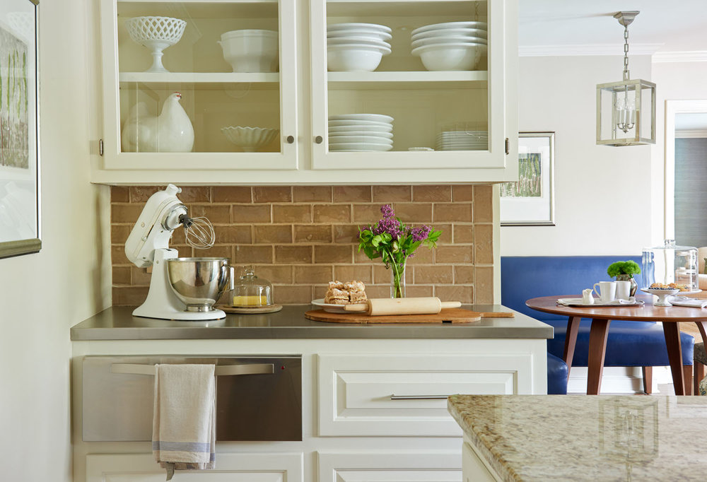 kitchen-glassbacksplash.jpg