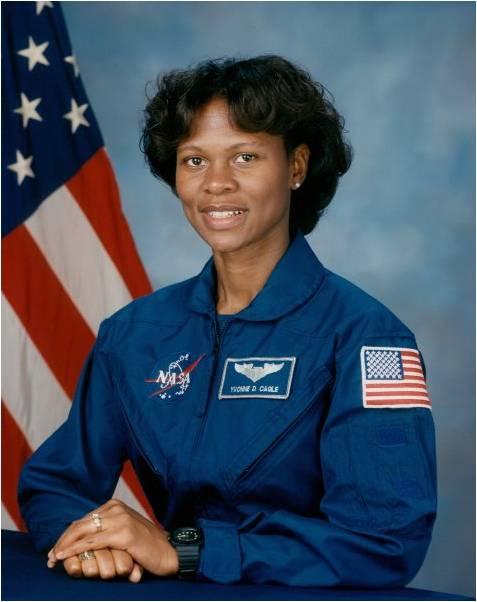 YVONNECAGLE - Astronauta da NASA, patrona da She'sTech, fará palestra MAGNA e receberá homenagem.DIA 23/11/2018 de 09 às 13 horas