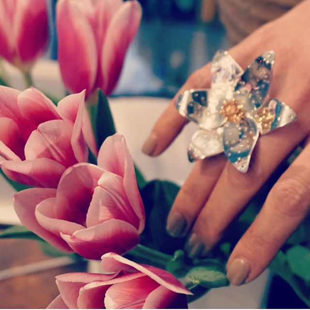 Now available at Kote Beauty House an amazing jewelry @delysjoaillerie 💍🌷