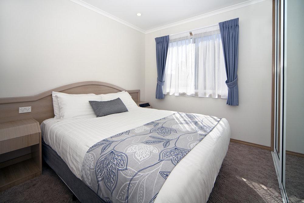 Oceanfront Executive, Chalet 4 Main bedroom.jpg