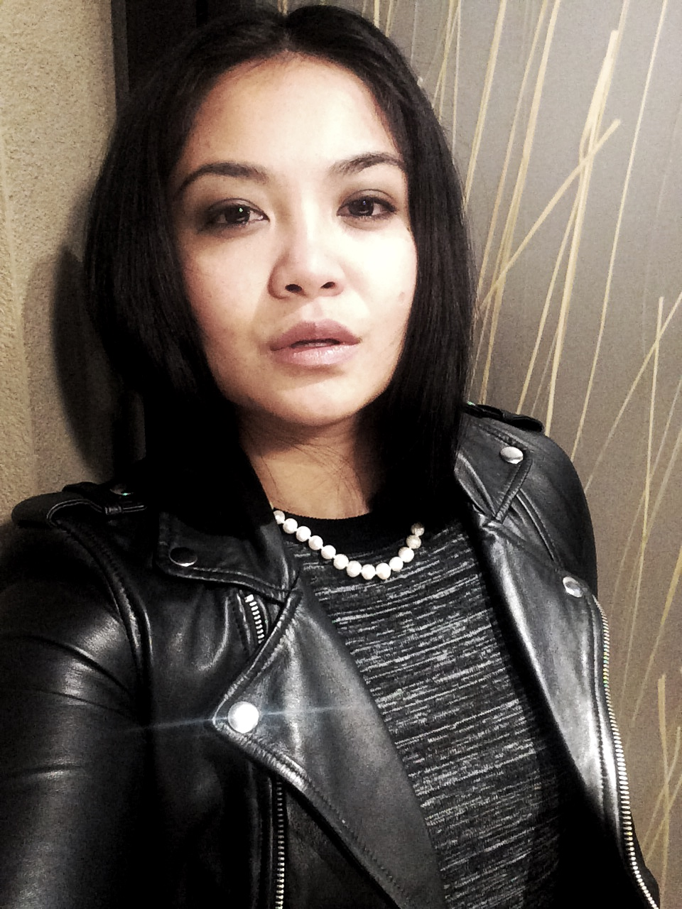 #StyleByGlor: Maje Basalt Leather, Sz 36 | Get Plenty, Monk & Lou Dress, XS | Heirloom Pearl necklace