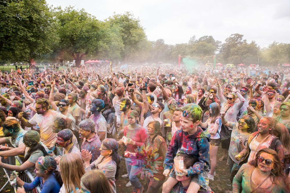 Crowds at the 2018 Holi Festival in Christchurch.