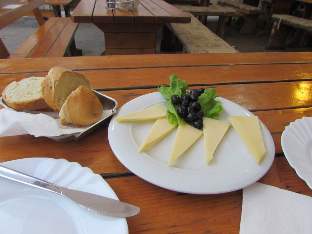 We had an appetizer of sliced cheese and Croatian olives with bread at  Buffet Fife  in Split.