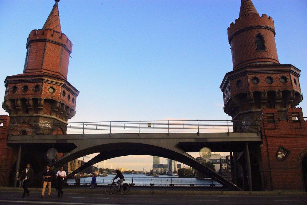 The Oberbaum Bridge, pretty close to where we got separated.