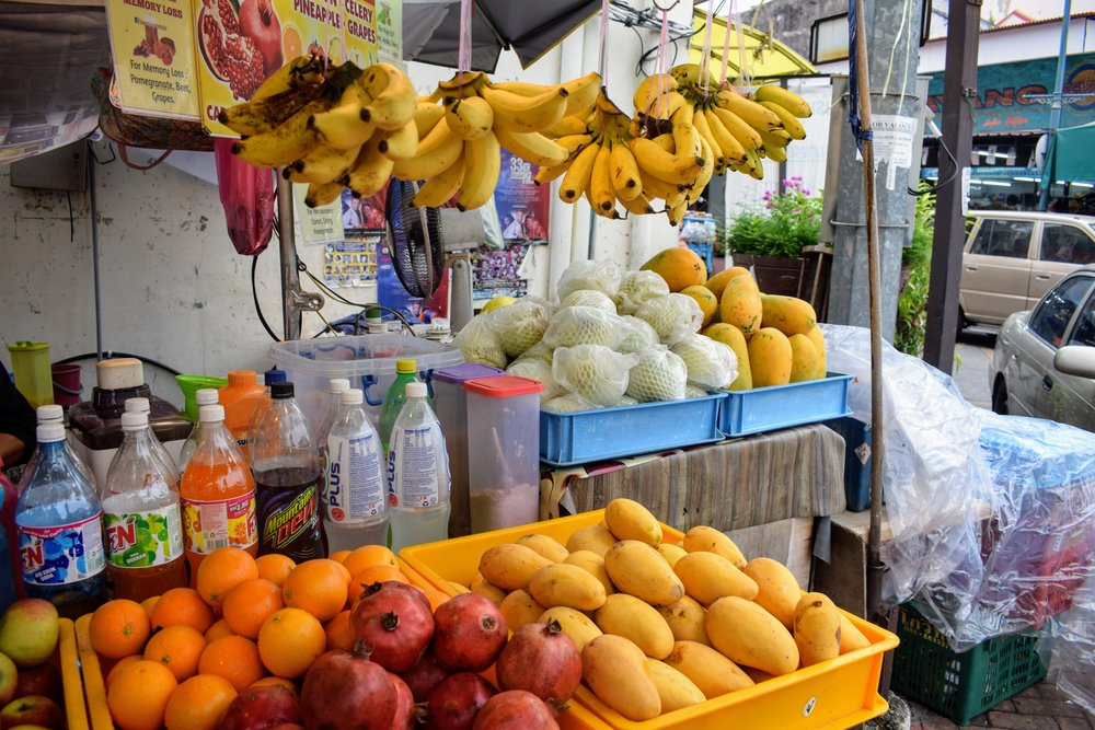 A fresh-squeezed fruit juice cart in George Town's Little India.
