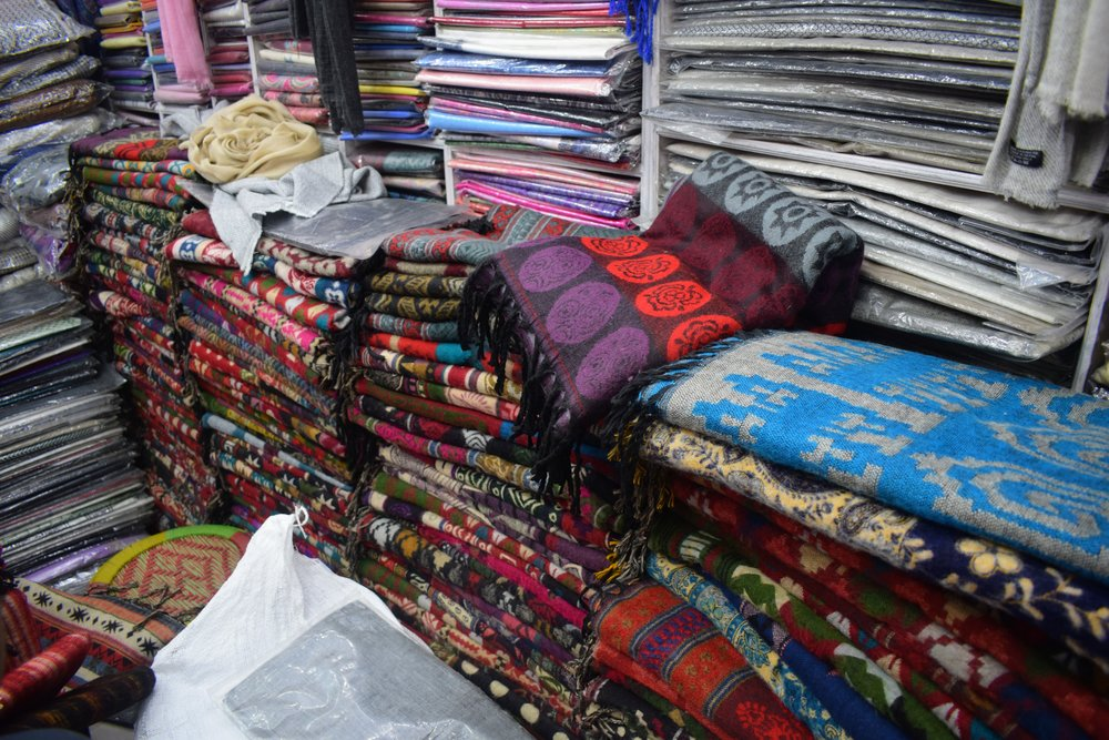 yak wool scarves thamel kathmandu nepal