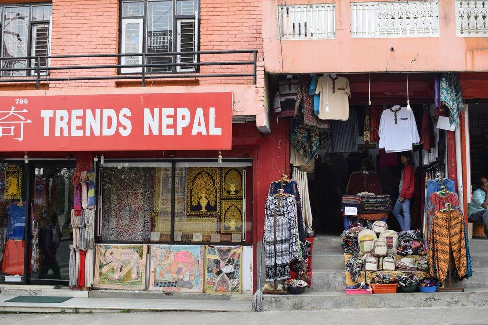 souvenir shops in pokhara nepal