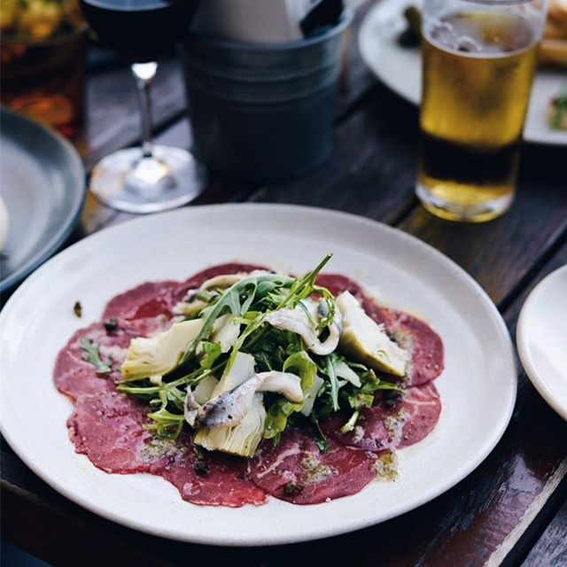 New Autumn 🍂 Menu now available .  Beef fillet Carpaccio with Parmesan shavings, marinate artichokes, garlic crisps, extra virgin olive oil, lemon and caper dressing 🙌 #newmenuitem #newmenu #autumnmenu #fleurieupeninsula #victorharbor #fleurieufood