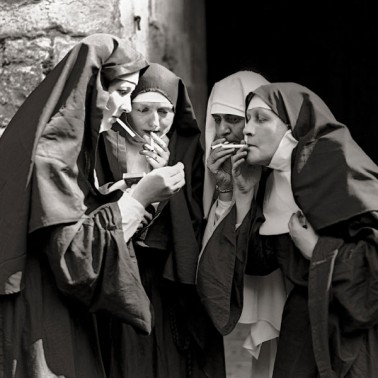 nuns smoking.jpg