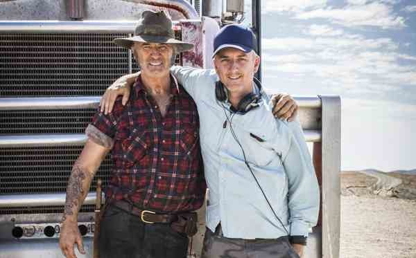 WolfCreek2_John-Jarratt-with-director-Greg-Mclean