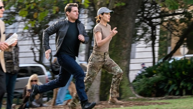 Left to right: Tom Cruise plays Jack Reacher and Cobie Smulders plays Turner in Jack Reacher: Never Go Back from Paramount Pictures and Skydance Productions