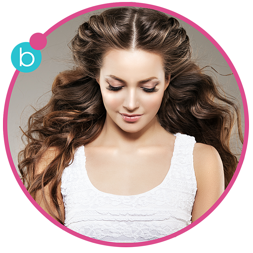 THE SEDUCTRESS - beachy, wavy hair    Want to look like you just spent the day   at the beach? Try The Seductress – this girl   definitely knows how to make waves. This   messy, tousled, just-frolicked-on-the-beach   look goes from day to night with ease.