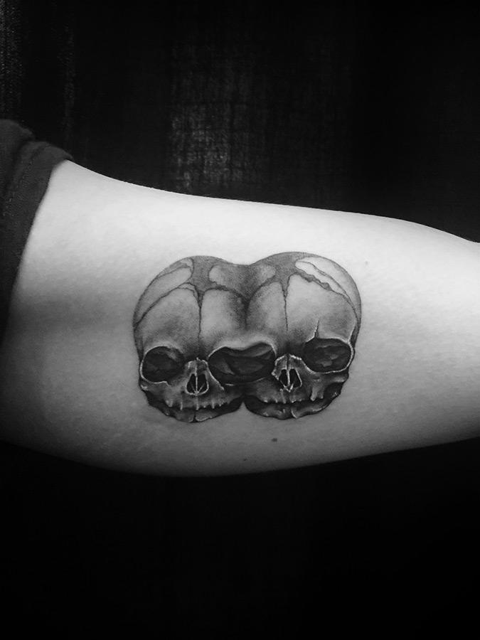 innerarm-skullz.jpg