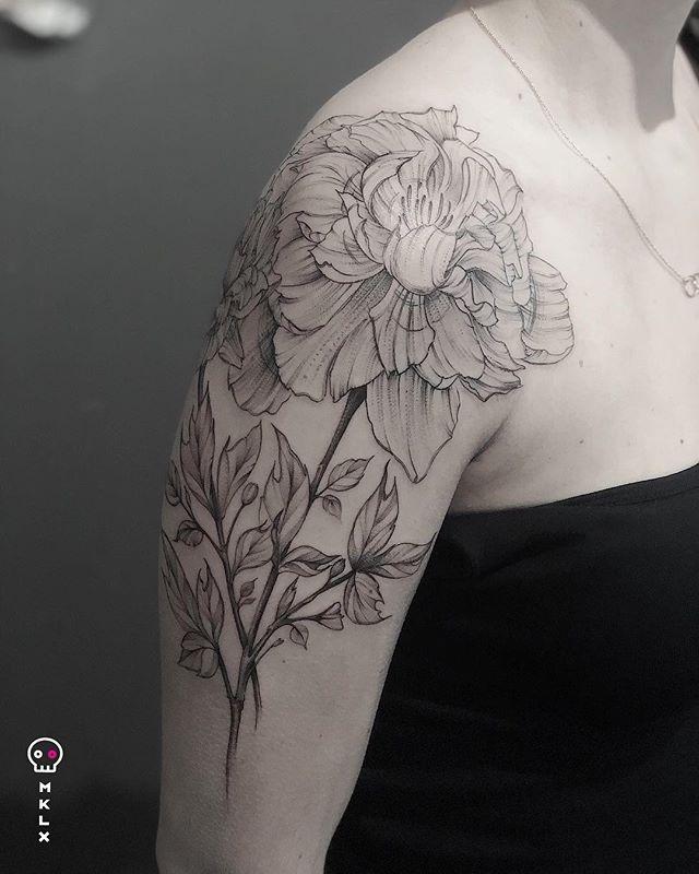 Peonies for Kelly ⋅ ☞ @undrgrnd.sf ⋅ ⋅ ⋅ ⋅ ⋅ ⋅ #peony #flowertattoo #mklx #undrgrndsf #queertattooartist #tattoo #minimaltattoo #lineworktattoo #fineline #QTTR #bayareatattoo #sanfranciscotattooartist