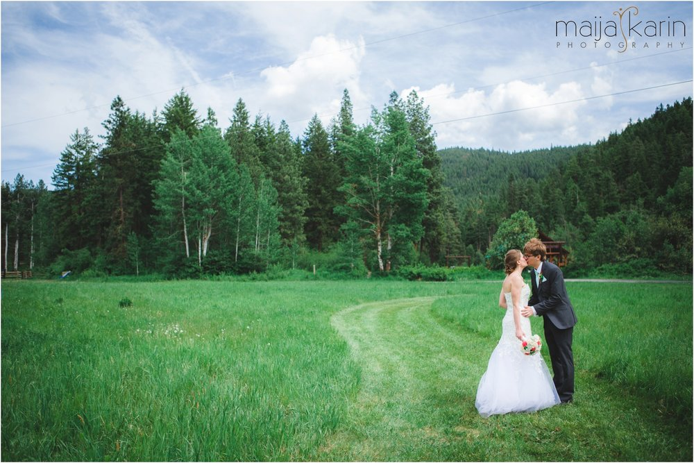 Mountain-Springs-Lodge-Leavenworth-Wedding-Maija-Karin-Photography_0010.jpg