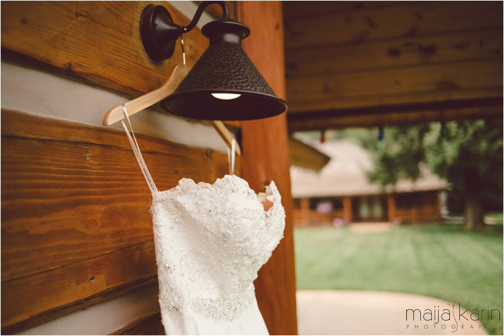 Mountain-Springs-Lodge-Wedding-Maija-Karin-Photography_0007.jpg