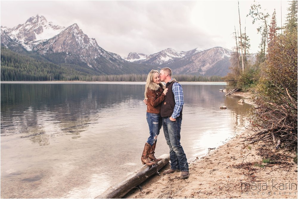 Stanley-Lake-Engagement-portraits-Maija-Karin-Photography_0013.jpg