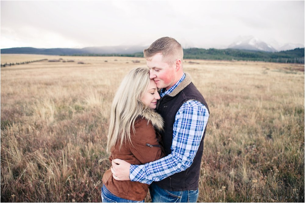 Stanley-Lake-Engagement-portraits-Maija-Karin-Photography_0020.jpg