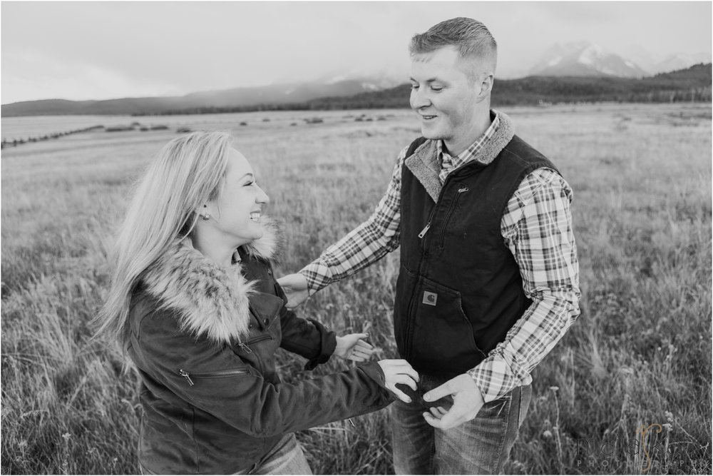 Stanley-Lake-Engagement-portraits-Maija-Karin-Photography_0022.jpg