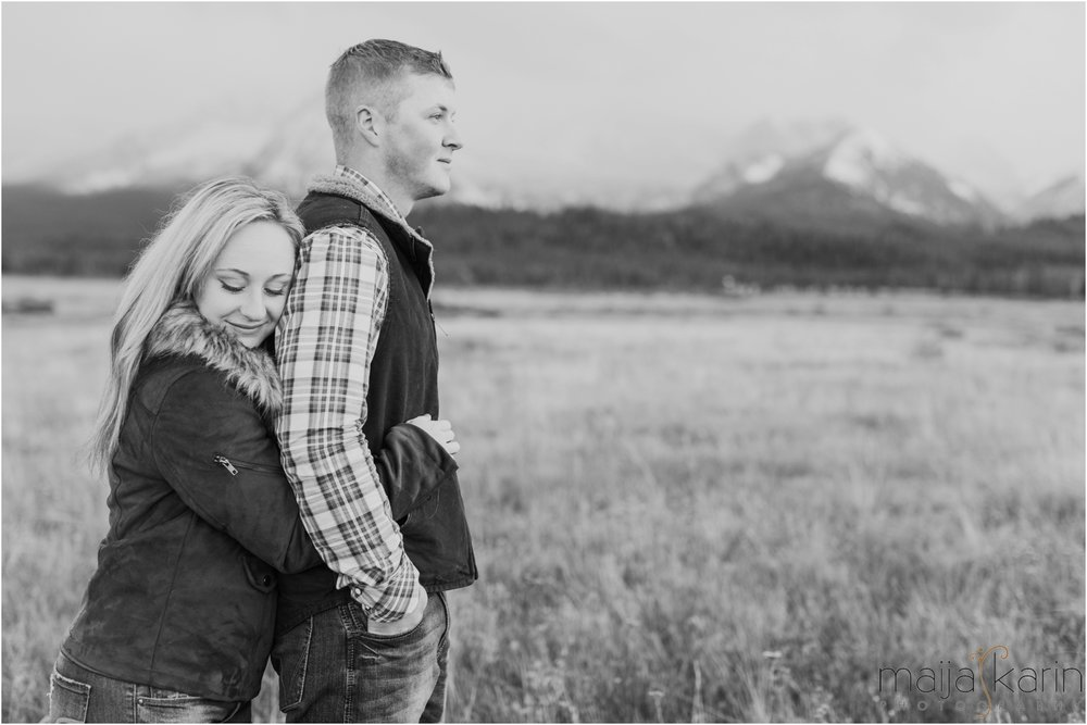 Stanley-Lake-Engagement-portraits-Maija-Karin-Photography_0026.jpg